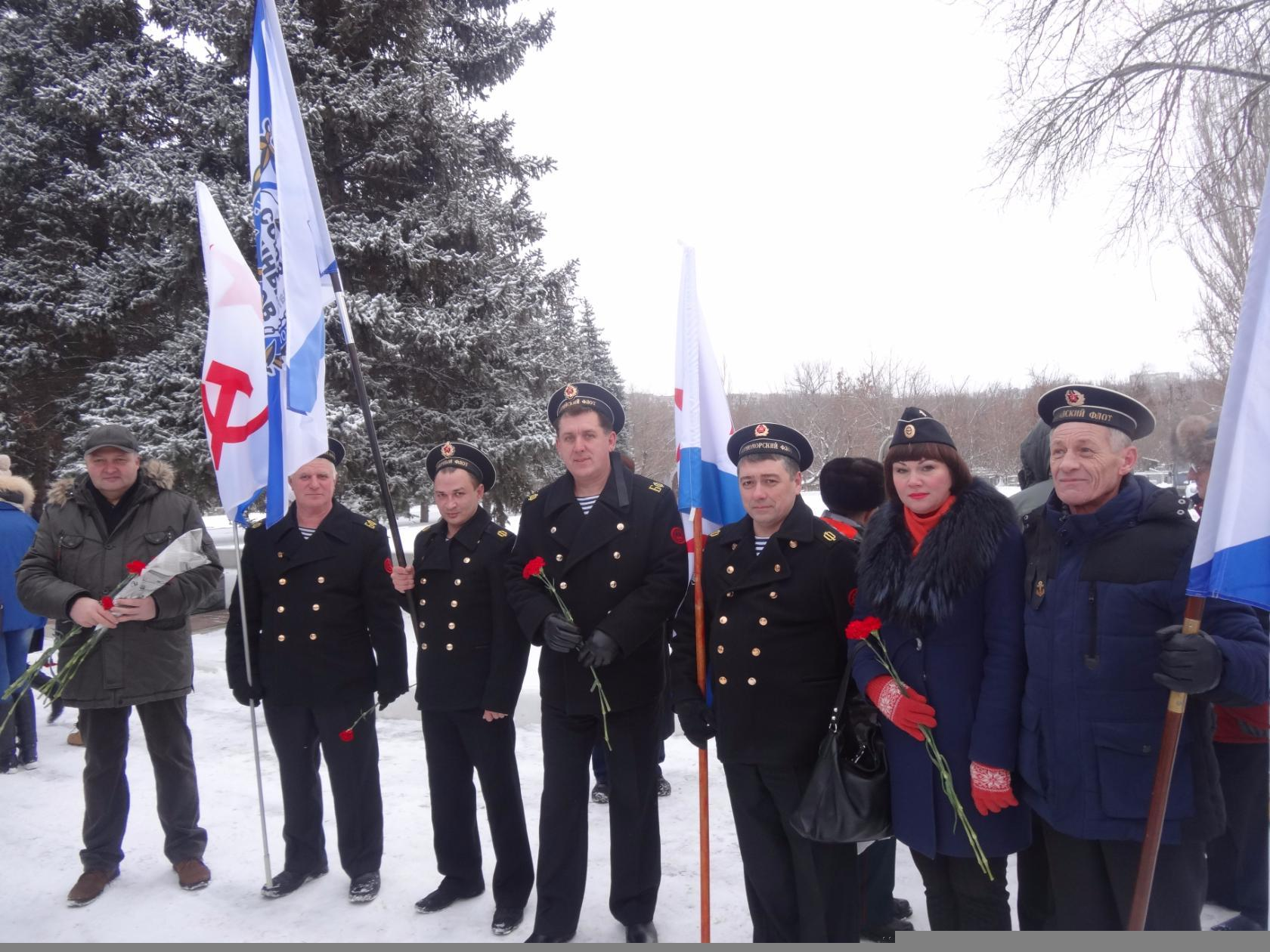 СВМ почтили память Неизвестного солдата